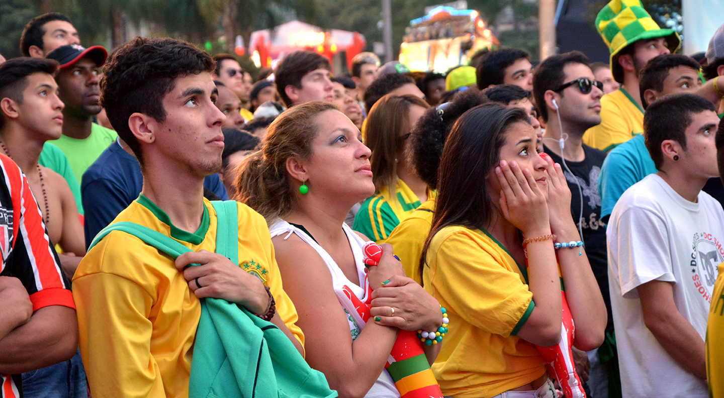 Brazil supporters 01